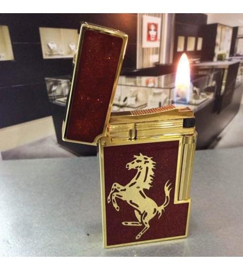 Bật lửa Dupont đỏ tuyến khắc ngựa viền vàng