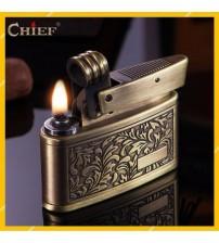 Hộp Quẹt Bật Lửa Xăng Đá Chief CF658 Hoa Văn Đẹp Độc Lạ - Dùng Xăng Bấc Đá Cao Cấp