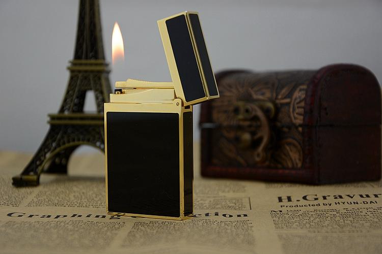 Bật lửa ST Dupont France chạm rồng vàng