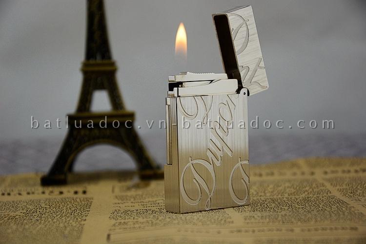 Bật lửa Dupont bạc xước khắc chữ Dupont