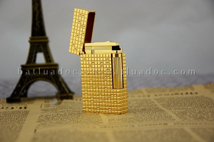 S.T.Dupont vàng caro chấm nhỏ